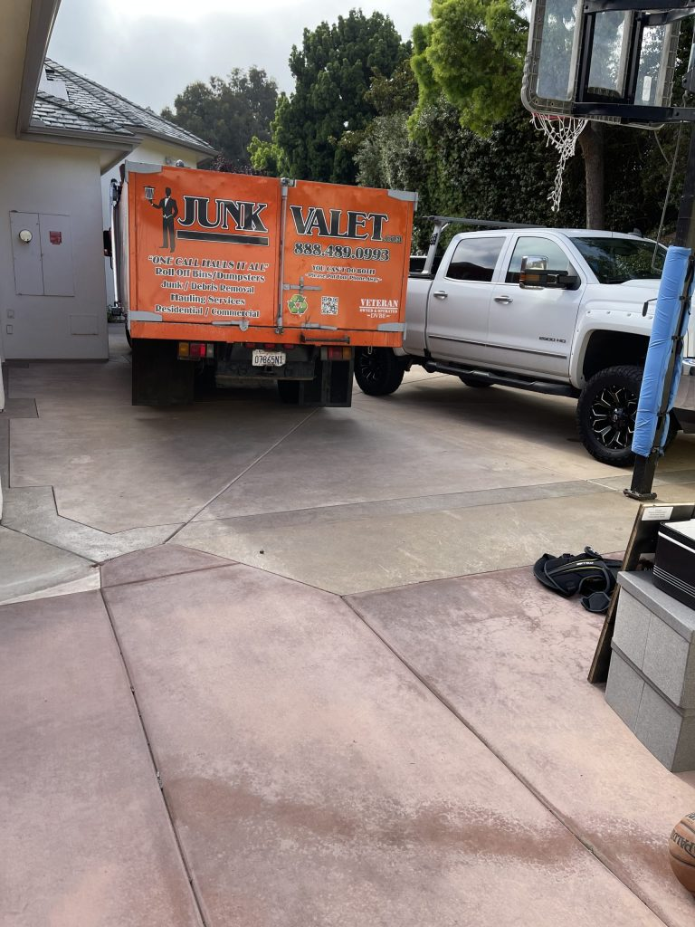 Junk Removal and Junk Hauling in Oceanside, California (6451)